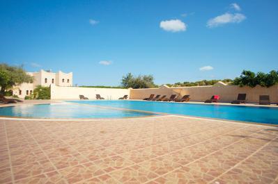 Piscine Coaching Village Yoga Maroc